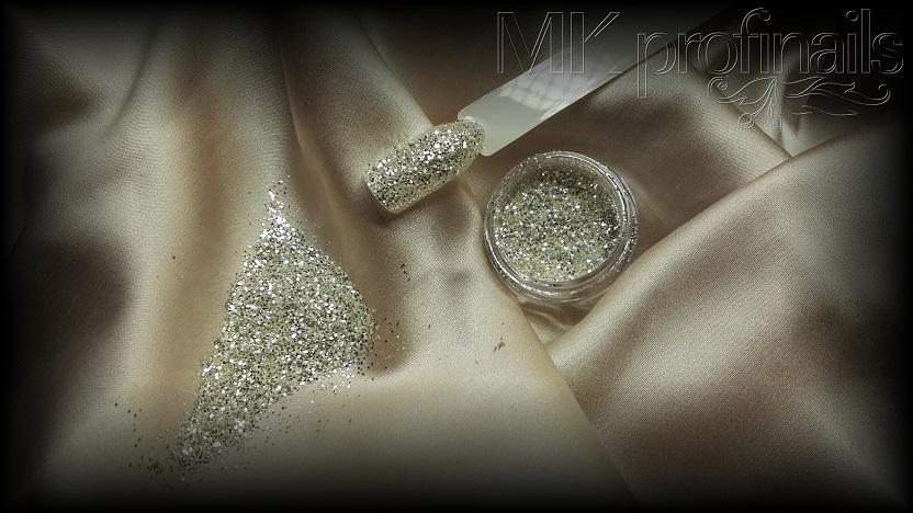 Silver White Glitter 1,5 mm
